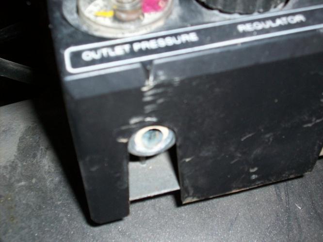 Brass Fitting Broke Flush on Air Compressor-outlet.jpg