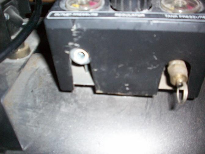 Brass Fitting Broke Flush on Air Compressor-outlet2.jpg