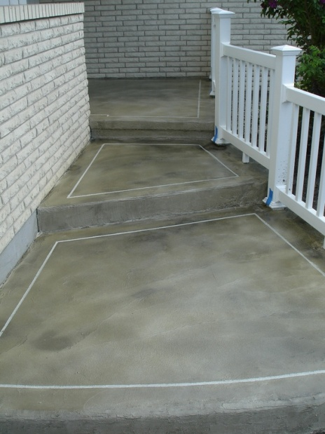 concrete front entry refinish-outlined-entry-walk.jpg