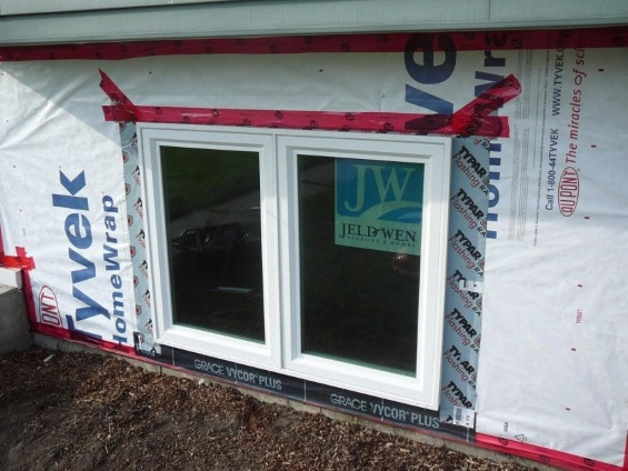 new hardi siding and windows - what have I started? aargh!-outside-reno-09-016.jpg
