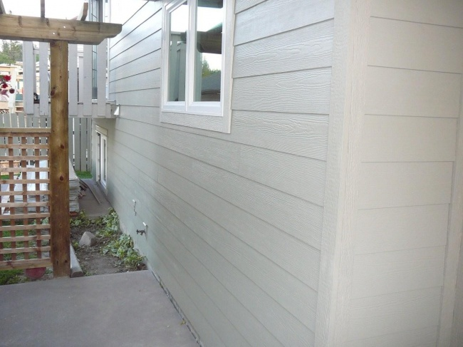 new hardi siding and windows - what have I started? aargh!-outside-reno-09-017.jpg