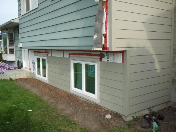 new hardi siding and windows - what have I started? aargh!-outside-reno-09-021.jpg