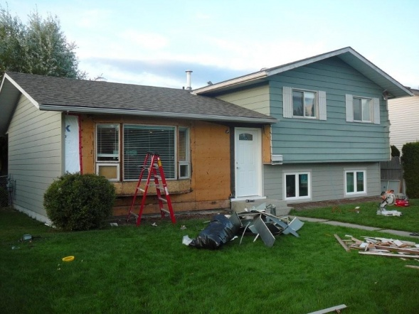 new hardi siding and windows - what have I started? aargh!-outside-reno-09-035.jpg