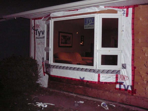 new hardi siding and windows - what have I started? aargh!-outside-reno-09-047.jpg