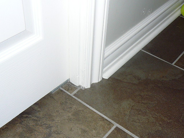 Quarter round around door casing and transition piece-outside-reno-2009-016.jpg