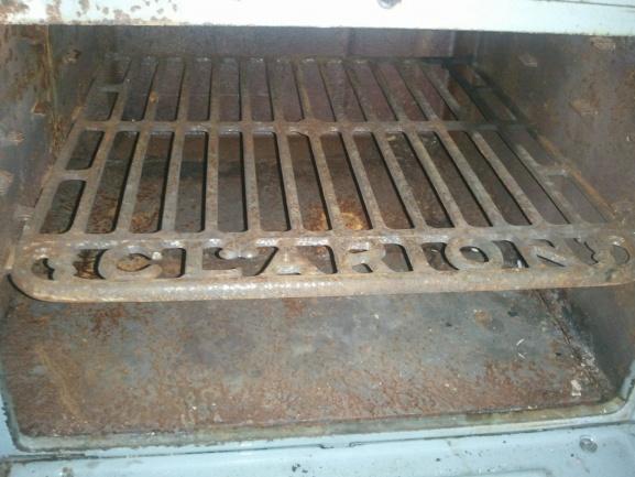 Wood Bishop & Co. Antique cook stove-oven-1024x768-.jpg