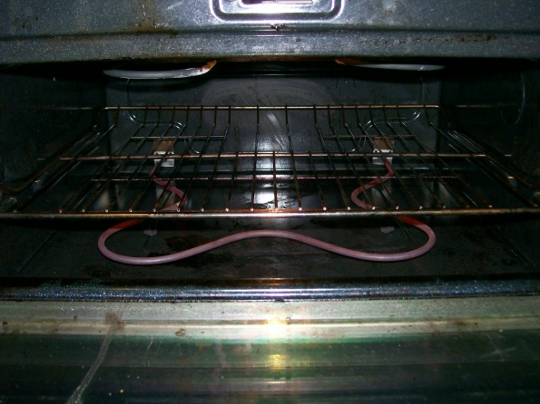 oven element not glowing all the way around-oven-pics-003.jpg