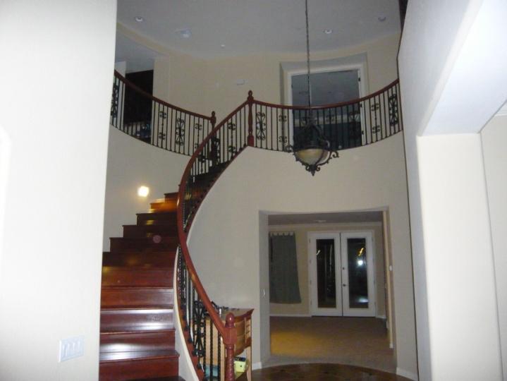 Painting Stair Railings   Sawzall!?!? P1000094