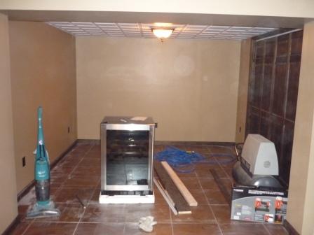 Basement Remodel: AC Lounge ;-)-p1000121.jpg