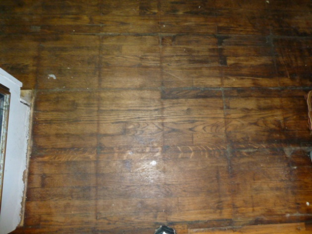 Can this floor be restored?-p1000156.jpg