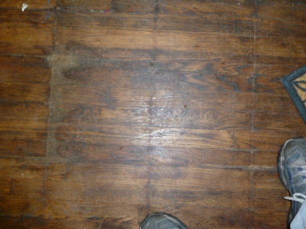 Can this floor be restored?-p1000160.jpg