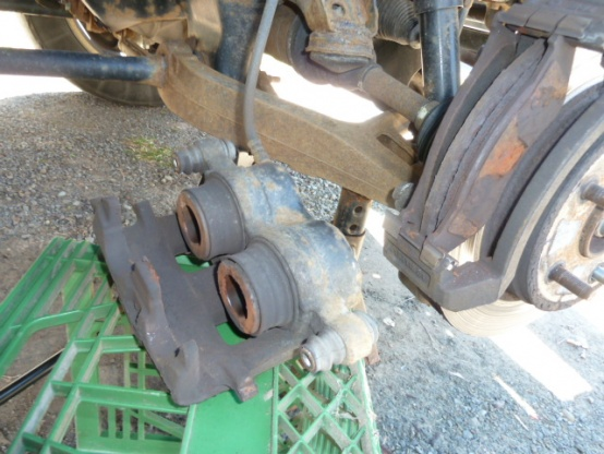 2005 Dodge Ram 1500 Brake Job-p1000392.jpg