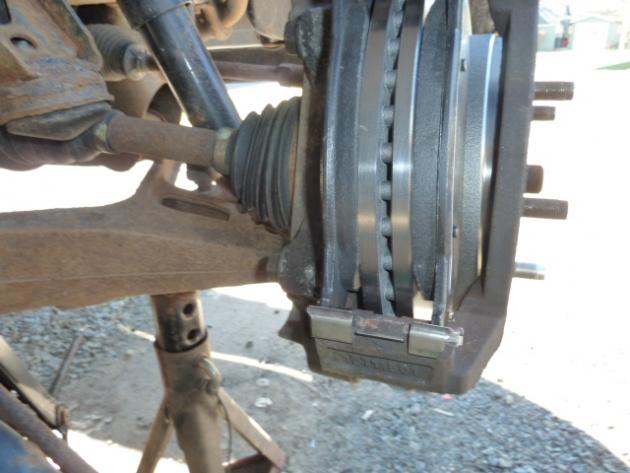 2005 Dodge Ram 1500 Brake Job-p1000396.jpg