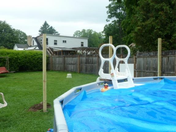 Contemporary Pool Privacy Screen Landscape Front Yard Lattice