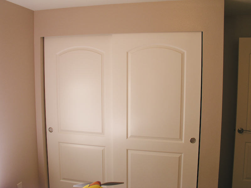 Sliding Closet Door Trim 800 x 600