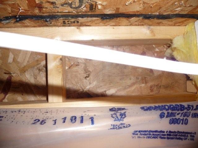 Leaking Vinyl Windows in 7 year old home-p1010167.jpg