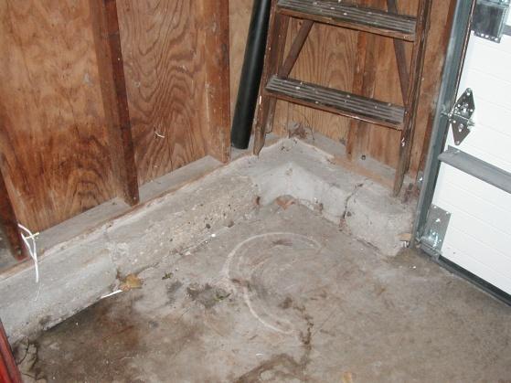 Need advice - repairing cracked garage foundation-p1010265.jpg
