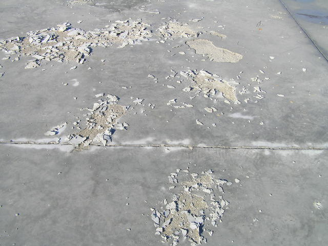 Concrete Spalling-p1010269.jpg