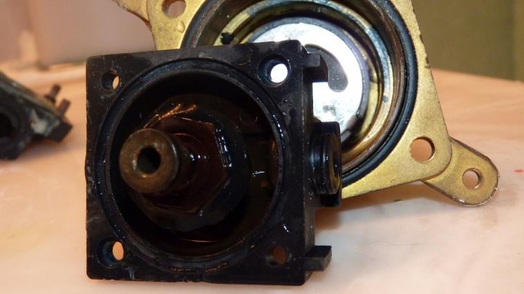 Mystery pressure balance cartridge-p1010443.jpg
