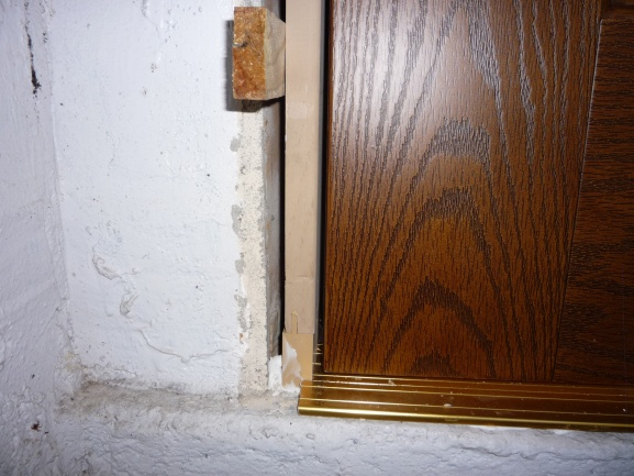 Replacement door installation?-p1010483.jpg