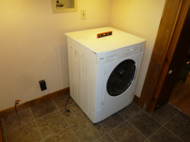 Laundry Room Renovations-p1010680.jpg
