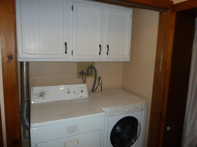 Laundry Room Renovations-p1010683.jpg