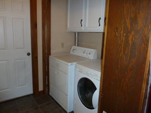 Laundry Room Renovations-p1010684.jpg