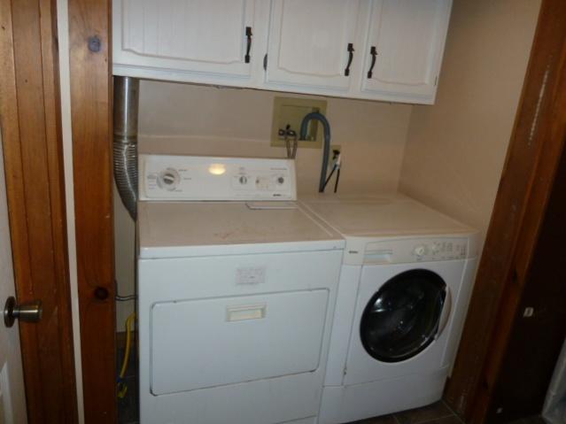 Laundry Room Renovations-p1010685.jpg
