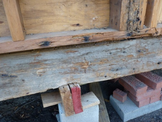 replacing rotten rim joist-p1020560-small-.jpg