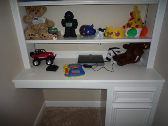 Building White Shelves-p1050381.jpg