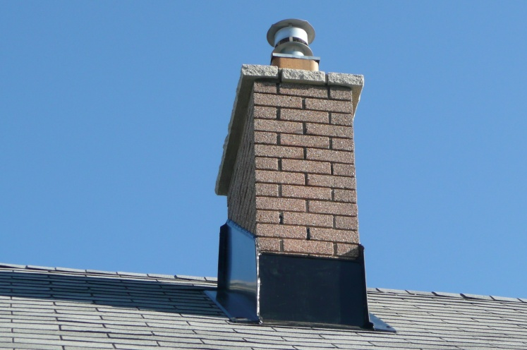 New Member here, I have a concern about new Chimney flashing-p1060816.jpg
