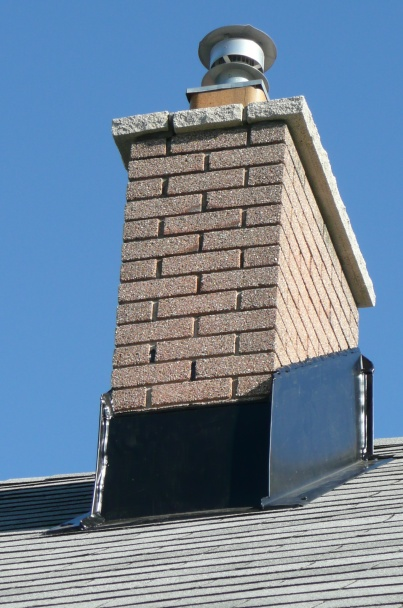 New Member here, I have a concern about new Chimney flashing-p1060818.jpg