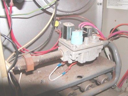 Comfortmaker furnace-p3220001.jpg