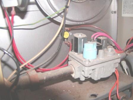 Comfortmaker furnace-p3220002.jpg