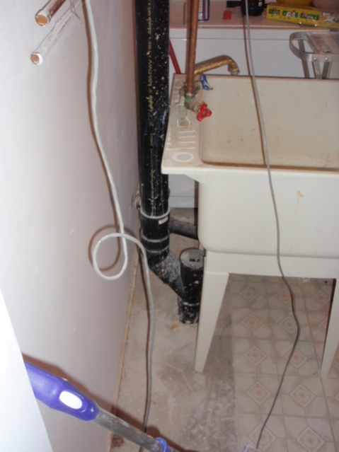 Venting pipe-p4220619.jpg