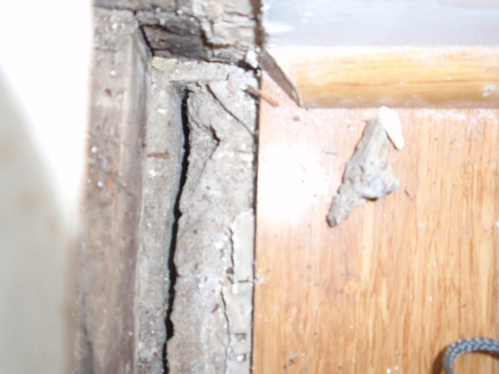 Old Footing and slab on grade - is it a crack r expansioin joint-p5240084.jpg