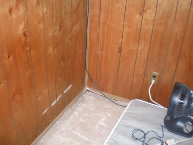 water gettin into basement-p6050539.jpg