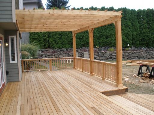 Sealing tight knot cedar deck and pergula-p8210019.jpg