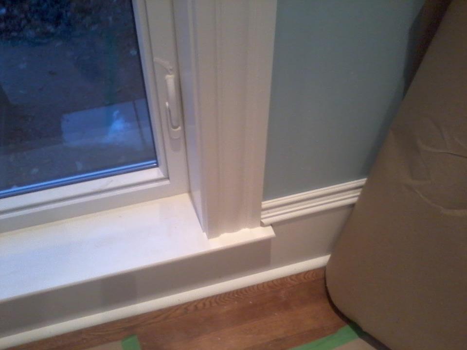 Baseboard joints in corners-paint1.jpg