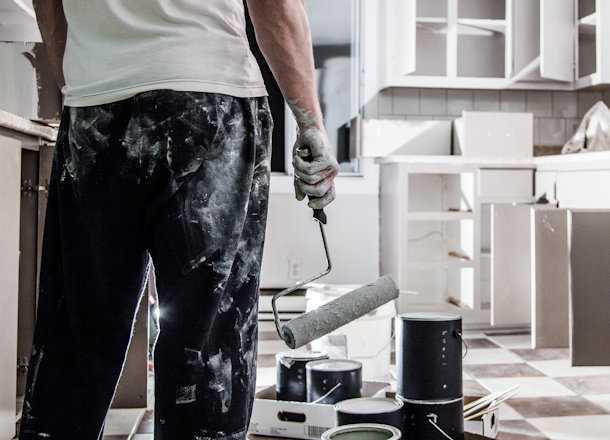How to Repaint your Kitchen Cabinets