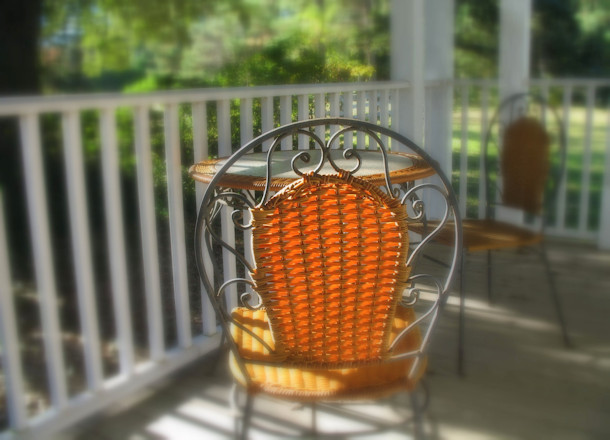 How to Remove Rust From Lawn Furniture