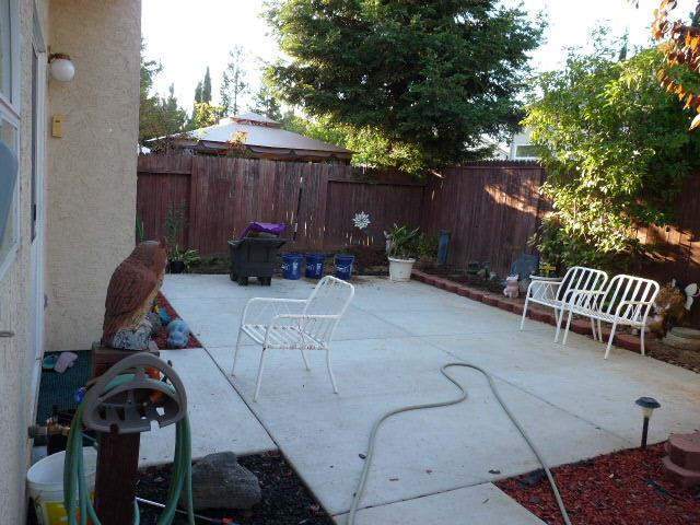Permit needed for pergola/lattice?-patio1a.jpg