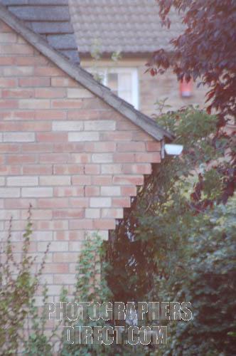 Crack in brick siding safe/serious? (pic)-pd2597953.jpg