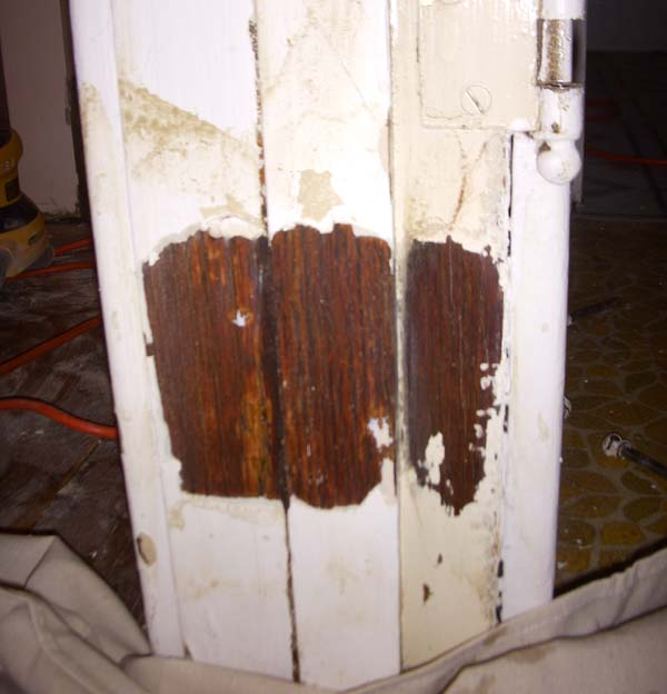 Removing paint from baseboard and trim-peel3.jpg