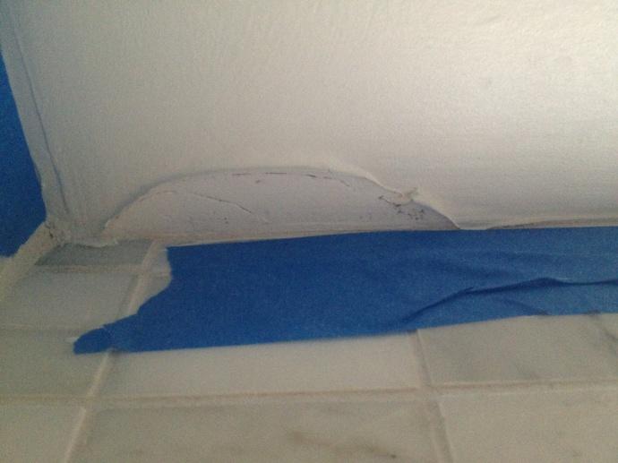 Behr paint peeling off of fresh drywall in bathroom-peeling-paint-1.jpg