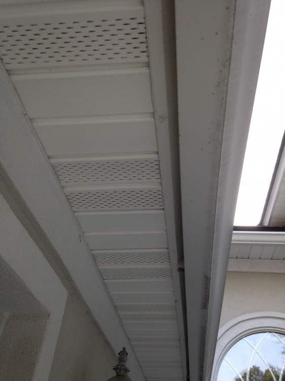 Where can I buy this vinyl soffit?-photo-1.jpg
