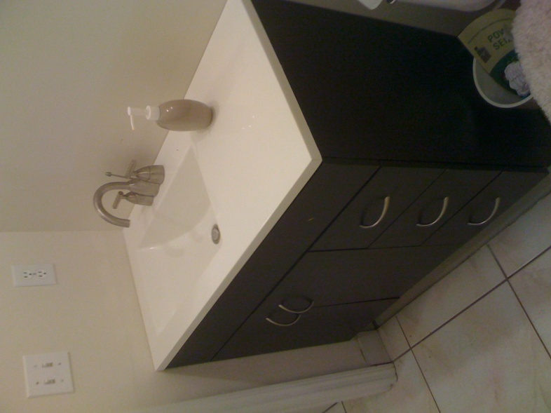 New Bathroom Vanity & Paint-photo-3.jpg
