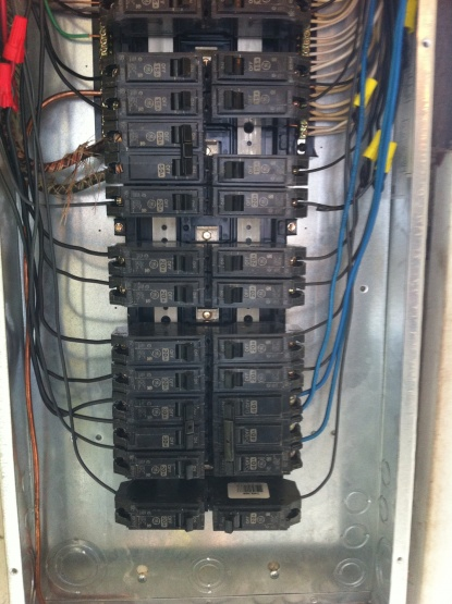 Panel Question concerning 3 pole breaker-photo-3.jpg