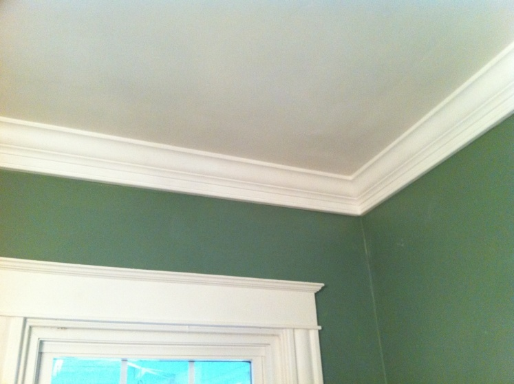Fabulous Gap Between Crown Moulding And Ceiling Carpentry Diy Chatroom Largest Home Design Picture Inspirations Pitcheantrous