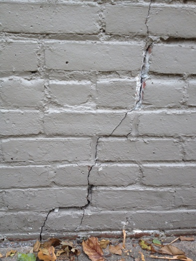 Cracks through brick and mortar-photo-9-.jpg